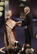 Elinor Ostrom receiving the Nobel Prize